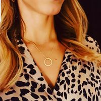 sas hoop necklace